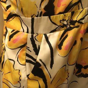 Merona Dresses - Merona size 6 Dress. Flattering with pockets.